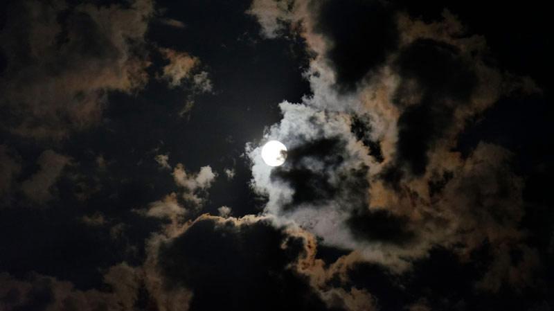 full-moon-cloudy-night